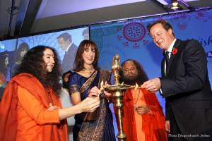 His Holiness Pujya Swami Chidanand Saraswati ji, Sadhvi Bahagwati ji, The Prime Minister, David Cameron and Samantha Cameron celebrating Diwali 2014